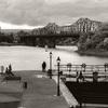 オタワ川に架かる橋