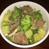 ブロッコリーと豚タンの味噌煮