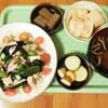 なまり節入り山芋と海藻のサラダ仕立て