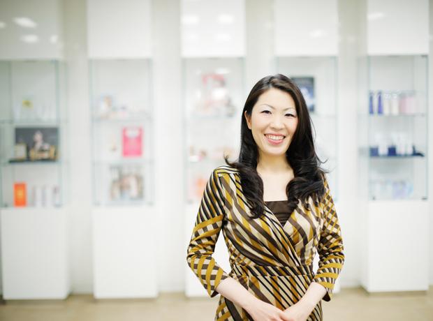 たくさんの刺激を得られる「化粧品業界」の仕事で、多くの女性たちを応援し続けたい