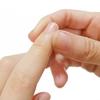 簡単にできる爪揉みで健康と自律神経の調整を