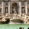 昼は綺麗、夜は幻想的なトレビの泉 ローマ