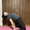 ヨガのラクダのポーズが出来ない人は股関節を意識しよう:やり方と効果について