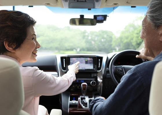 高齢者が車の運転免許証を返納すべきケース、しなくていいケース