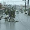 台風24号 沖縄で記録的な観測