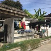 フィリピン 墓地に住む子供たちへ炊き出しボランティア