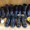マスタングペーストやコロニルクリームで履き込んだブーツを磨き込む!