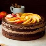フルーツをデコレーションした簡単手作りバレンタインケーキレシピ
