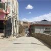 甘孜の街で本物の温泉に入る