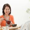 認知症利用者の食事拒否の【7つの理由】と対策。中高年50歳代の介護への転職