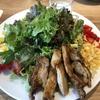 【RHCカフェ】ららぽーと名古屋みなとアクルスにある東海エリア初出店のカフェでメキシカンコブサラダとハンバーガーをいただきました!