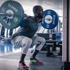 下半身のパワーを発達させるための特異的トレーニングを実施する前に、体重の2倍のバックスクワットを行えるようになることが、最低限必要な筋力である
