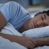 競技パフォーマンスと睡眠(睡眠は認知的、生理学的課題の両方に含まれる疲労誘発事象からの大きな回復に寄与する有効な対策であり、オーバートレーニングの回避においても影響因子のひとつになる)