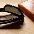 偏光レンズサングラスを普段使いするときのデメリット。スマホ液晶が見にくくなる場合がある