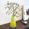 風で折れた花を花瓶に