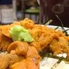 豊洲の「米花」でウニ丼、鶏レバーと煮物の盛り合わせ。