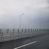 香港からマカオへ、橋の上を移動する by Tomoco