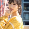 AKB48チーム8・小栗有以、美肌を大胆披露 ドキッとする表情でカメラを見つめ…