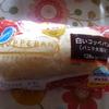 ファミリーマート 白いコッペパン(バニラ大福味)