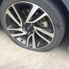 レヴォーグのタイヤをパンクさせてしまいました