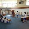 八峰中学生3年生の太鼓をたたく有志の連中の会