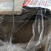 ホットカーペット(と靴)をゴミ集積所に出したら袋が破られていた!