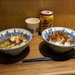 台南の夜の散歩と地元名物グルメ~「度小月担仔面(原始店本舖)」の担仔麵が絶妙な味!!
