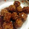 豆腐入り肉団子の甘酢あんレシピ~人気の定番中華!豆腐入りでふんわり食感。外をカリッとさせるコツとは?~