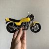 パーマネントコレクション、バイク