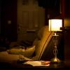 【インテリア/照明】=明るさよりも陰翳を意識することで、空間は格段に艶っぽくなった。