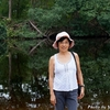 ベリーズ 背景はマングローブの繁る川