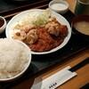 新大久保【鳥良商店】チキン·チキン定食 ¥824(税別)