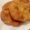 【天然酵母】ピザ生地でハンガリーの揚げパン「Lángos:ラーンゴシュ」の作り方。