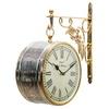 デザイナーと装飾職人が作るネオクラシックな時計