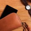 本日はM.モゥブレイのデリケートクリームを使った、月に一度の財布のお手入れ日