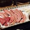 那覇の山羊料理店「さかえ」で山羊ざんまい。睾丸刺しも食べて元気いっぱい【沖縄旅行2018】