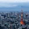 日本の最低賃金は安すぎる。もし最低時給2500円になったら社会はどう変わるか