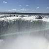 イグアスの滝を間近で見る