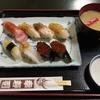 カウンターが緊張するとか苦手な方にオススメ ∴ 幸寿司