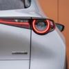 2021年後半にかけて登場と言われているCX-30 商品改良モデルのSKYACTIV-X搭載車に関する噂。