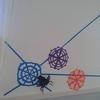 折り紙で作るクモの巣【ハロウィン飾り】5歳の息子と簡単ウォールアート