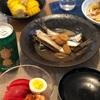 ごはん、いわしの梅煮、とうもろこし、トマトとキムチとゆでたまご