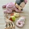 赤ちゃんの騒がしい場所が苦手は個性である。個性を伸ばすおもちゃを見つけたい。