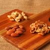 ホームパーティーのお皿に困ったら木製カッティングボードがオススメ!