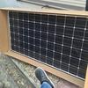 ソーラーパネルが風によって受ける力