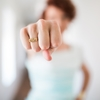 【肋骨限界】最近の嫁の趣味 横腹を殴ること