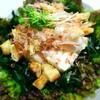『夏に向けて~豆腐とワカメのサラダ♪カリカリ油揚げのトッピング』と『つくれぽ♡ありがとうの巻』