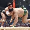 白鵬3敗、日馬富士・稀勢の里が2敗で首位 名古屋場所