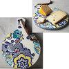 ビクトリア調の鮮やかな絵柄が目を引くアンソロポロジー陶器製チーズボード入荷しました。