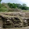 ベリーズ アルツンハ遺跡のピラミッド